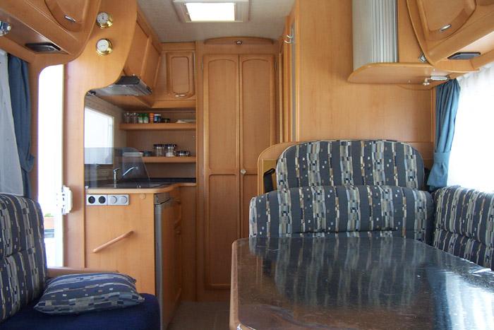 qui sommes nous. Black Bedroom Furniture Sets. Home Design Ideas